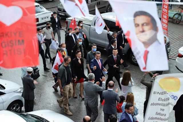 """Türkiye Değişim Partisi Genel Başkanı Sarıgül: """"Ağustos ayında büyük kurultayımızı yaparak kulvara gireceğiz"""""""