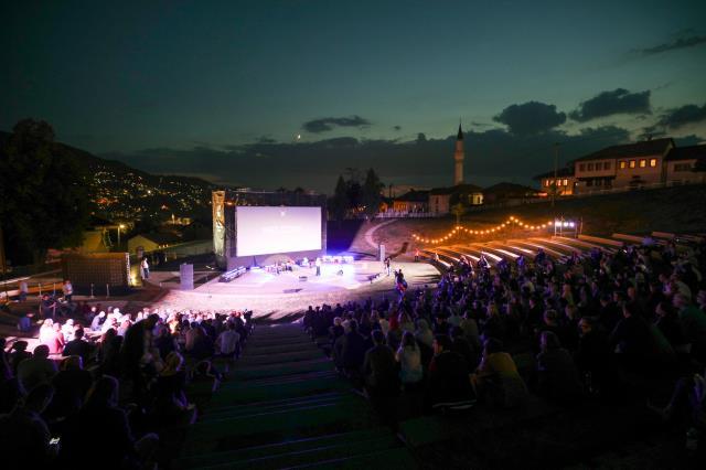 """Festival, """"Faith ile Branko"""" belgeselinin gösterimiyle başladı."""