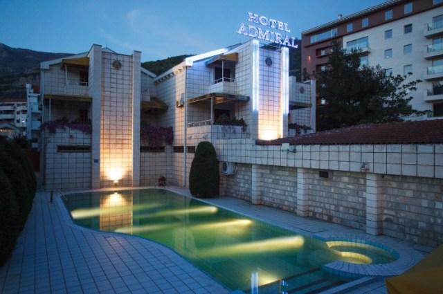Отель Admiral в Будве. Фото: Budva.com