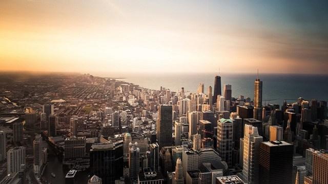 Otpušteni radnik ubio pet kolega i ranio pet policajaca u fabrici kod Čikaga