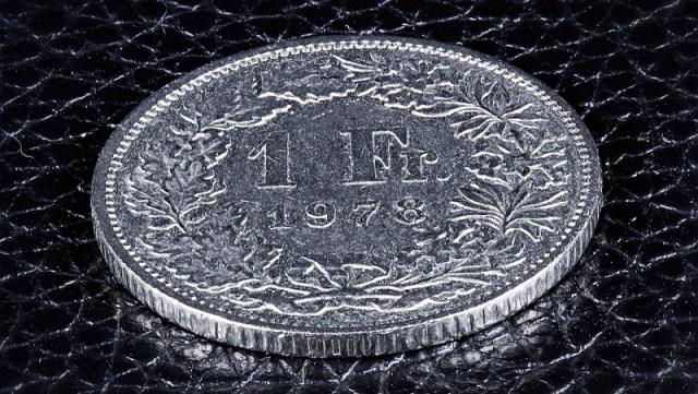 """""""Za dužnike u švajcarcima ne sme se izdvojiti ni evro iz budžeta!"""""""