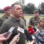 Ministar Vulin u obilasku 63. padobranske: Obaveze, ali i zarade da im budu veće od ostalih