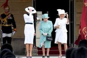 Tajna kraljičine tašne: Svaki položaj predstavlja određeni signal za poslugu