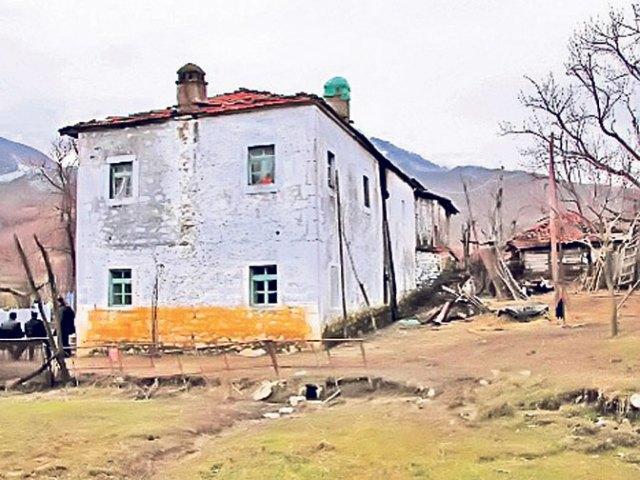 Vukčević: U Albaniji najmanje 11 grobnica sa otetim Srbima