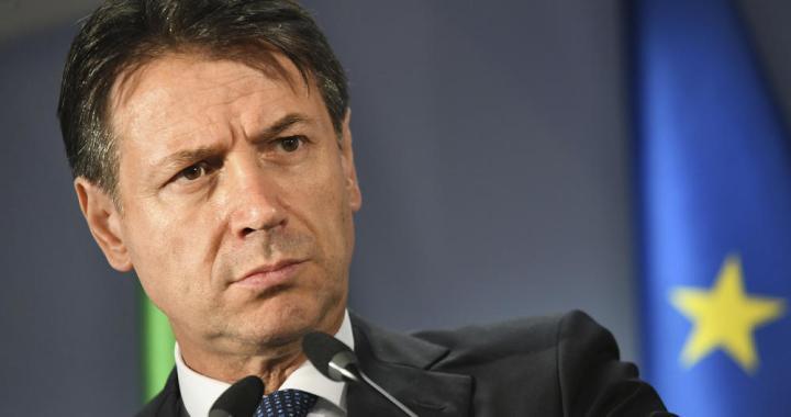 PALA VLADA U ITALIJI: Premijer Konte podneo ostavku, Salvinija optužio da svoj interes stavlja ispred državnog!