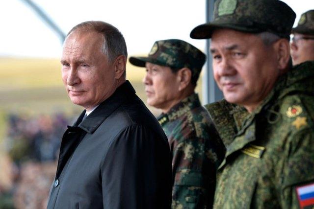 Putin: Nećete nas gurnuti u trku za naoružanjem