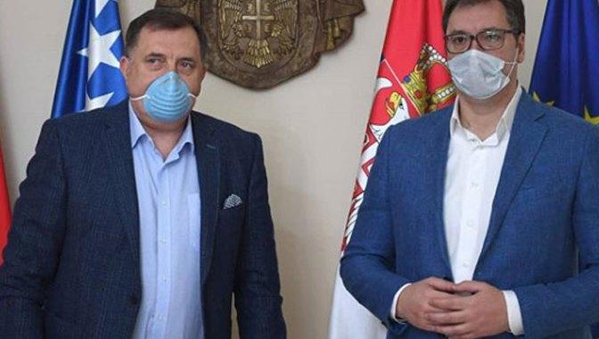 Vučić sa Dodikom o pomoći Srbiji RS
