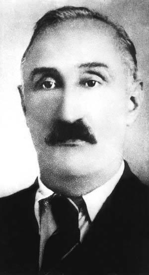 Crna ruka crvenog Staljina-Mustafa Golubić