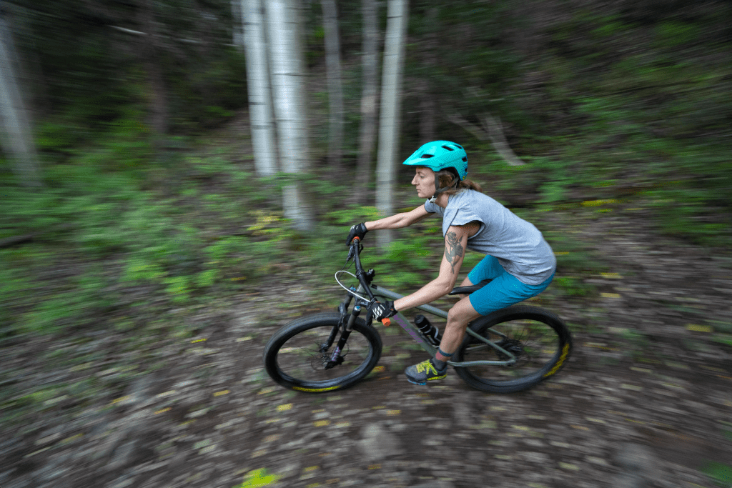 motion blur photography tips mountain biking