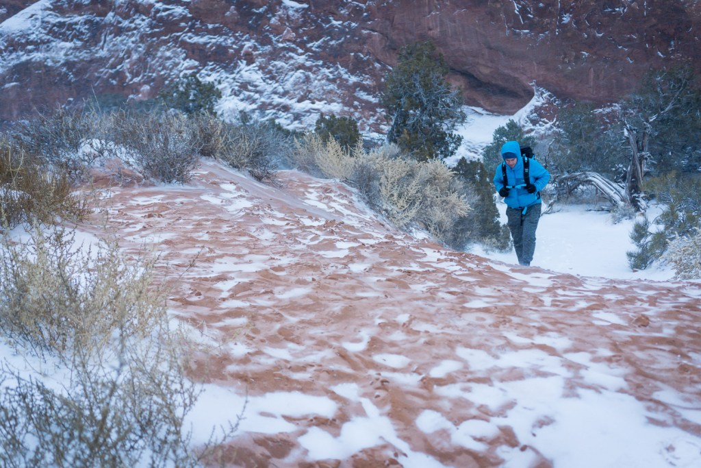 arches national park hiking winter
