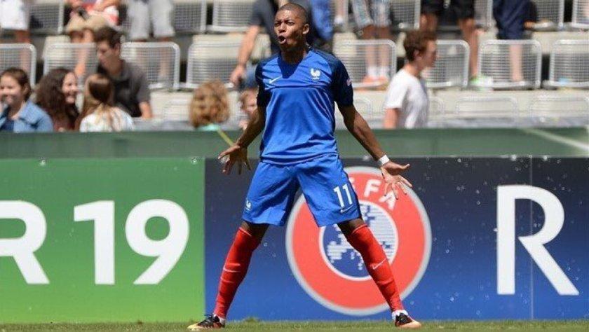 Mbappé con la nazionale francese