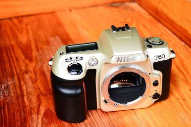 Nikon F60 Silver ballcamerashop (1)