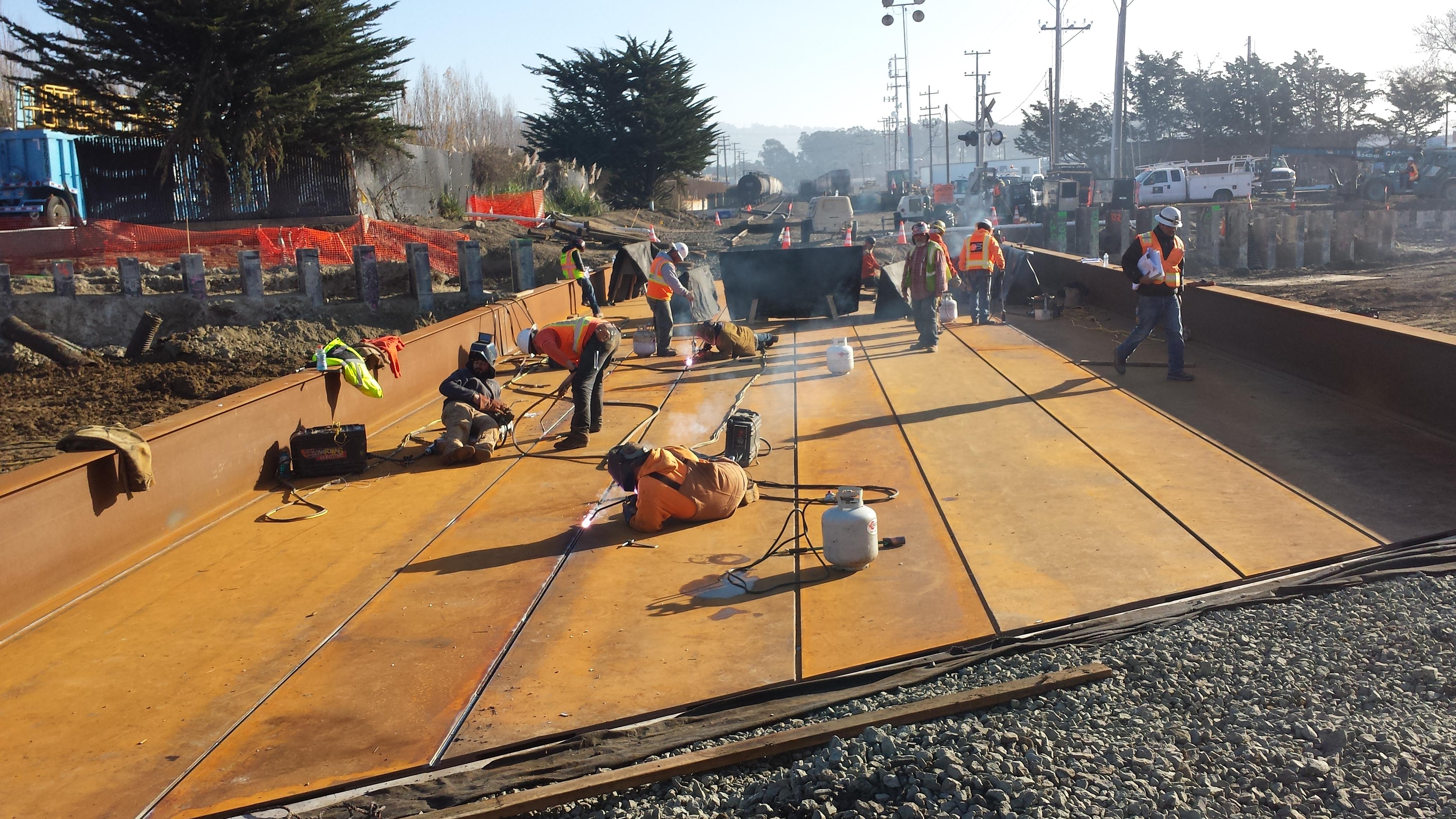 Job 185 - Bradley Moody Underpass - 17 - Welding Deck_Plates to Girder