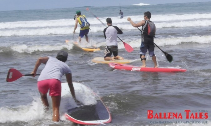 SUP-Competition Bahia Uvita 2013 - getting on the board