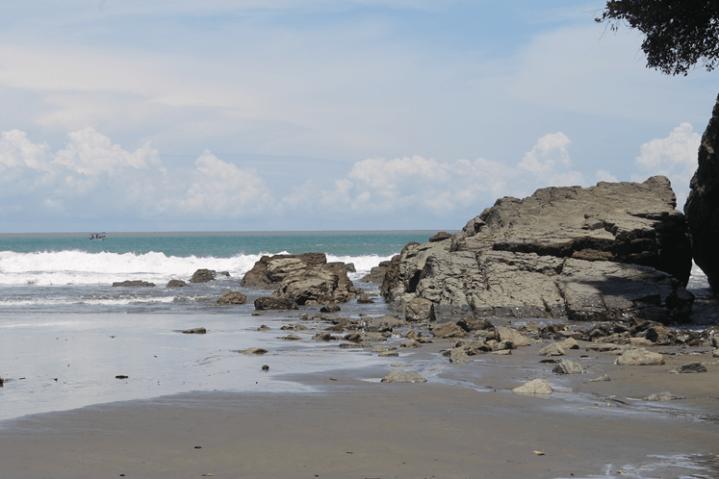 Playa Ventanas - #costaballenalovers #ballenatales #magazine #issue38 6