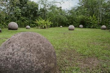 Los sitios arqueológicos con esferas de piedra del Valle del Diquís
