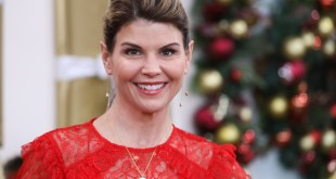 Aunt Becky Charged For Scamming Colleges