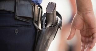 POlice pull gun on black man