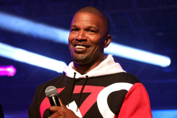 Jamie Foxx Talks Girlfrined
