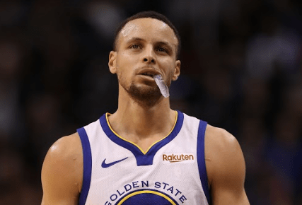 Steph Curry To Executive Produce, Star In Mini-Golf Show On ABC