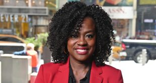 Viola Davis talks Julia roberts