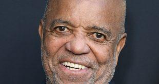 Berry Donates To Motown