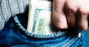 Hidng Money