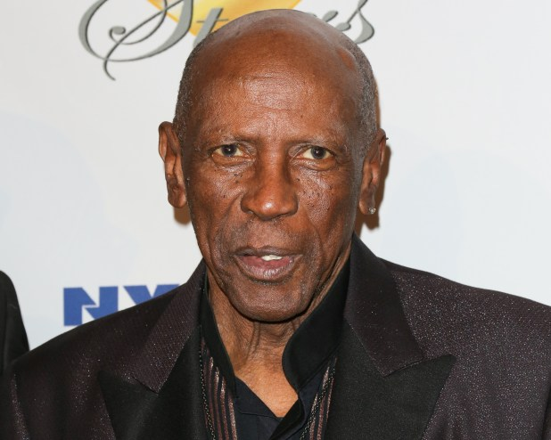 Louis Gossett Jr. Checks Out Of Hospital While Critically Ill With COVID-19 - Baller Alert