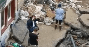 Reporter Suspended After Smearing Mud On Herself Pretending She Helped With Flood Cleanup Efforts In Germany