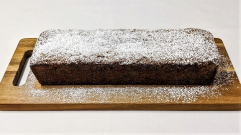 Veganer Kuchen mit Trockenobst Gebacken