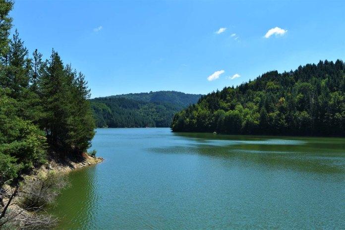 Der Berovo See