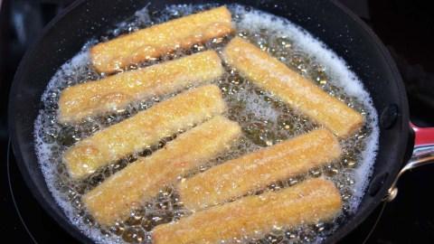 Toastbrot Streifen ausbacken