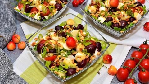 Kirsch Tomaten Salat-Anrichten-ballesworld