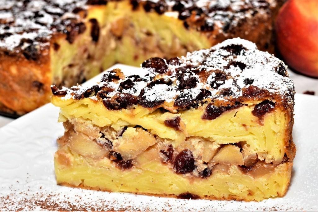 Nudel Kuchen mit Apfel und Granberrys