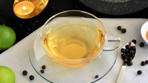 Wacholder Tee