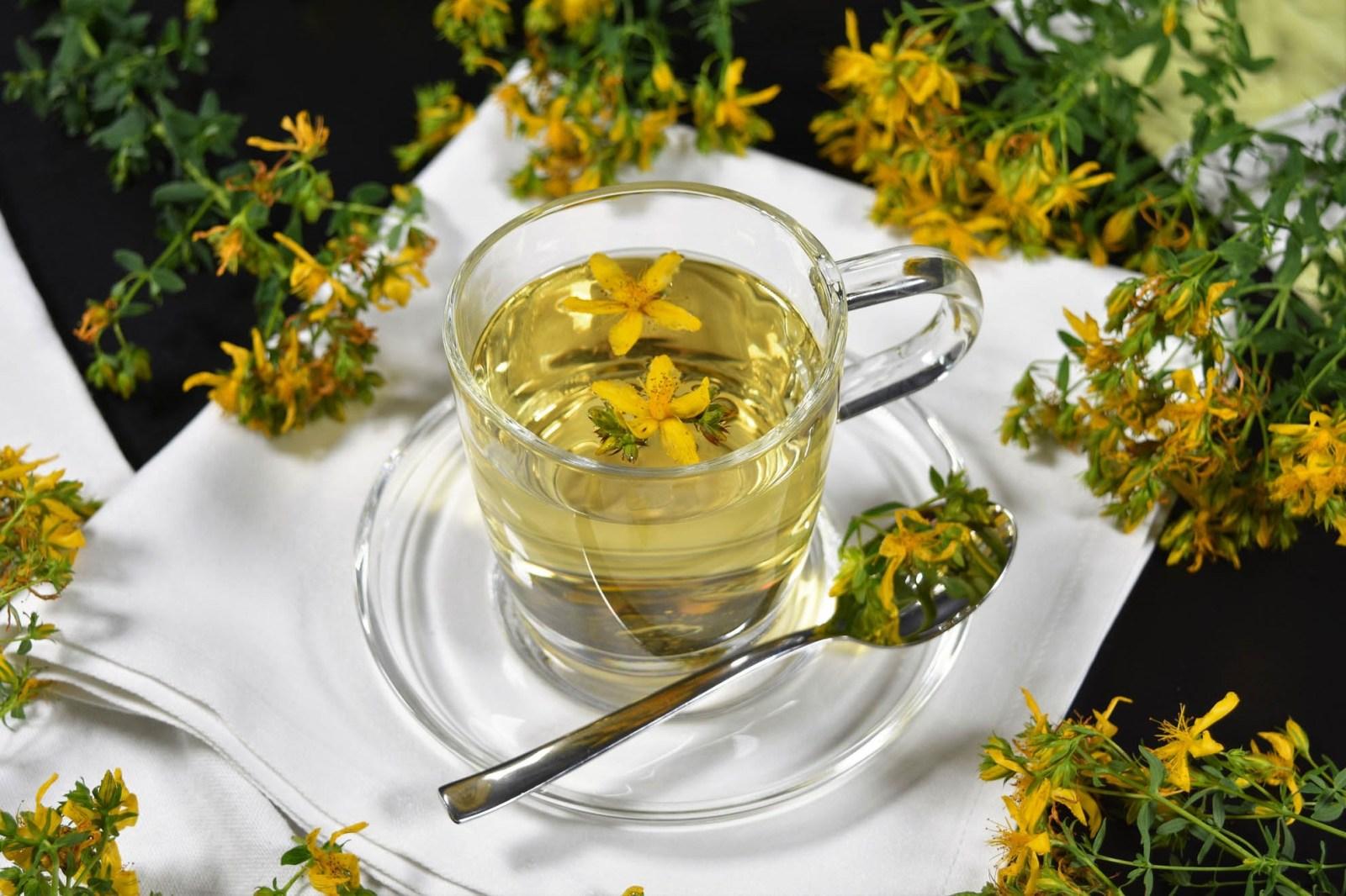Johanniskraut Tee-Rezept-BallesWorld