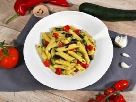 Nudeln mit Gemüse nach mediterraner Art-Rezept-ballesworld