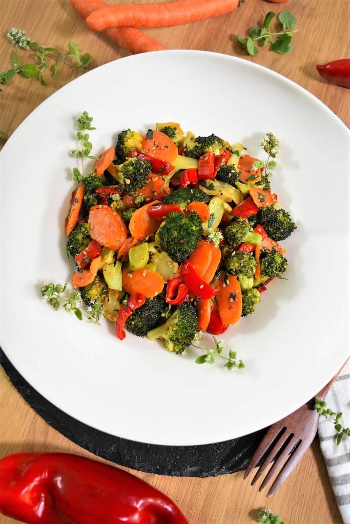 Brokkoli Sesam Röstgemüse-Gesund-ballesworld