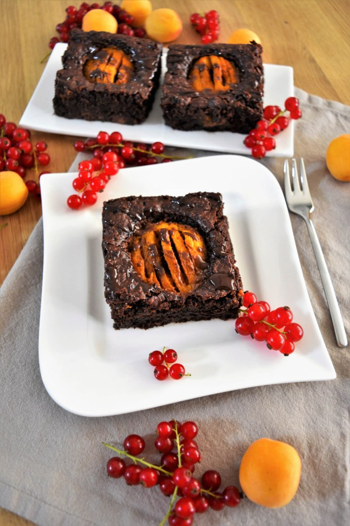 Schoko Brownies mit Aprikosen-Beliebteste Kuchen-ballesworld
