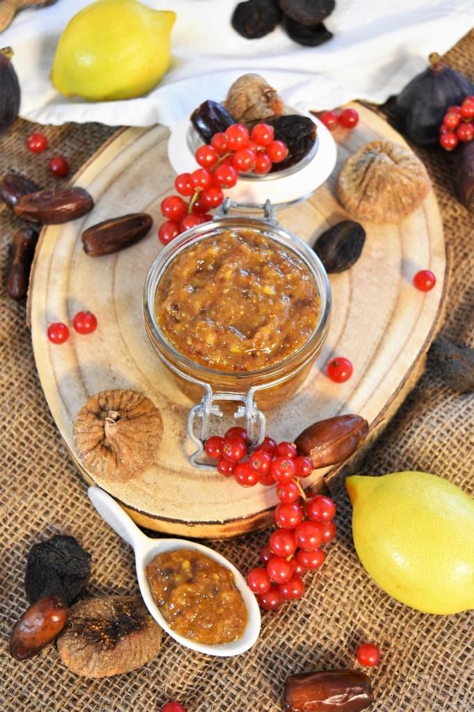 Honig-Zitronen Paste mit Trockenobst-Gesunde ernährung-ballesworld