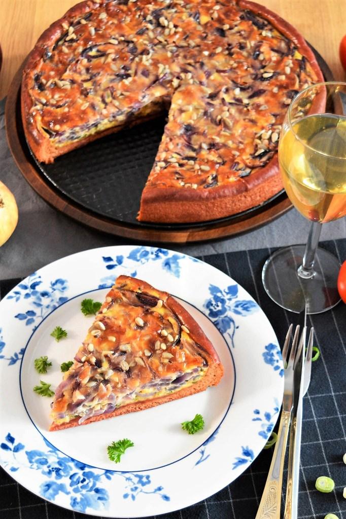 Zwiebelkuchen mit Rote Beete Mehl-Vegetarisch-ballesworld