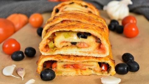 Pizza Rolle mit frischen Kräutern