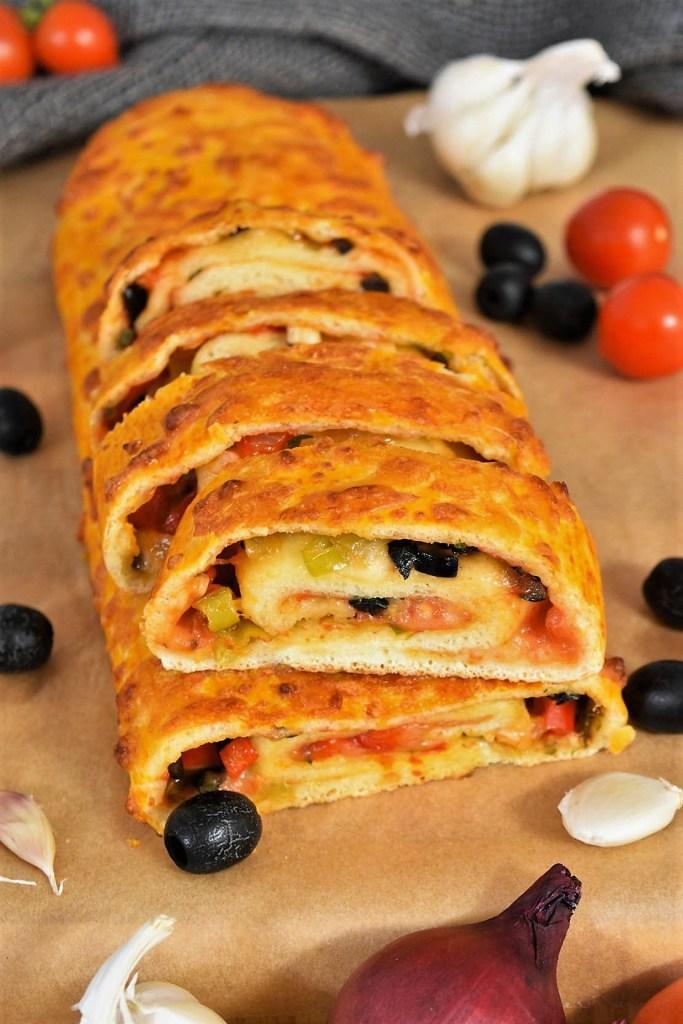 Pizza Rolle mit frischen Kräutern-Rezeptideen-ballesworld