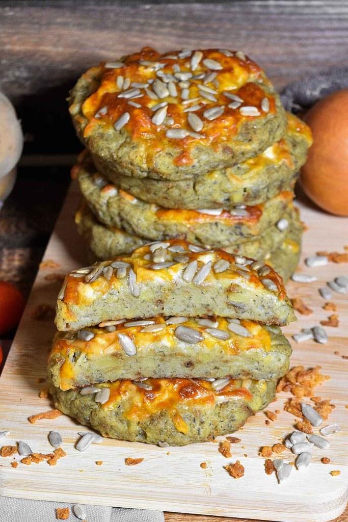 Kartoffel Taler mit Käse überbacken-Gesund-ballesworld