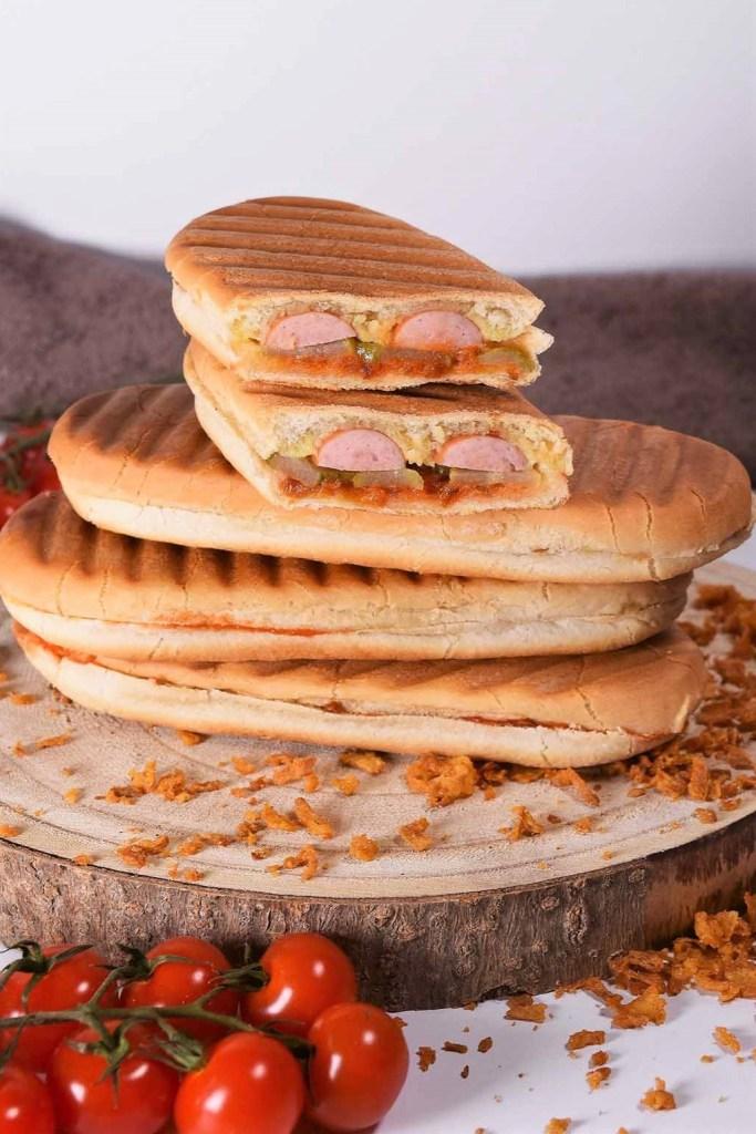 Hot Dog vom Kontaktgrill-Sandwich-ballesworld