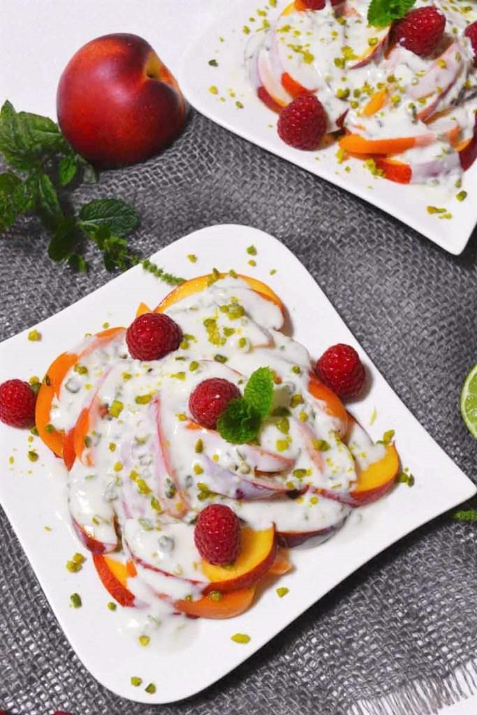 Aprikosen Nektarinen Salat mit Joghurtdressing-Obstsalat-ballesworld