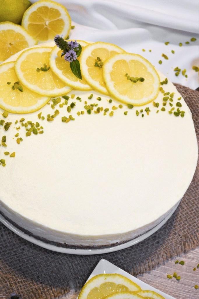 Zitronen-Käse Kuchen mit weißer Schokolade-Backen-ballesworld