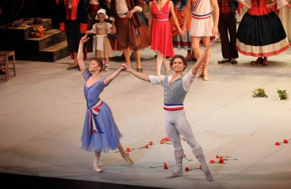 Oksana-Bondareva-Ivan-Vasiliev-Flames-of-Paris-11-14-14a