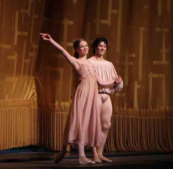 Evgenia-Obraztsova-Herman-Cornejo-Romeo-Juliet-6-18-15c