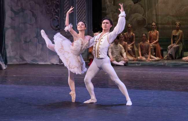 Nerea Barrondo and Keisuke Nishikawa, Gelsey Kirkland Ballet Nutcracker